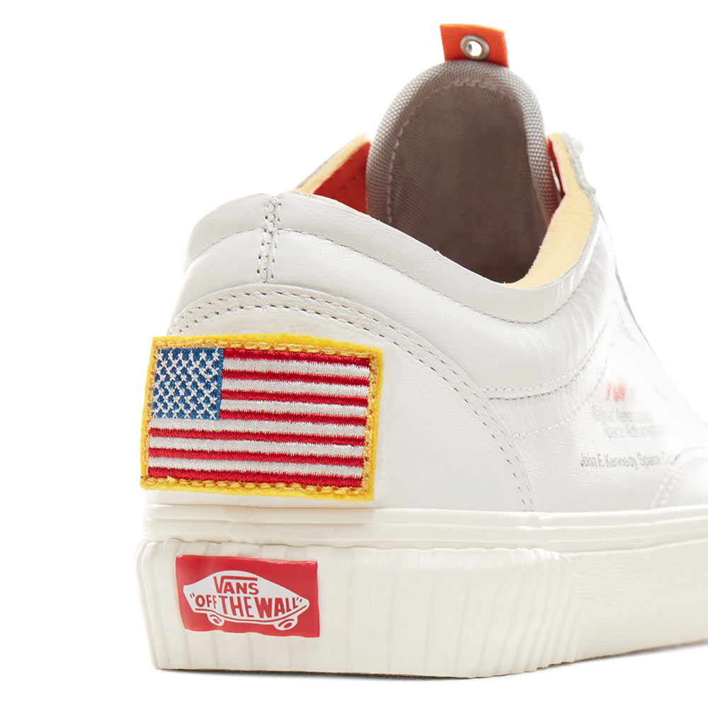 vans nasa scarpe bianche