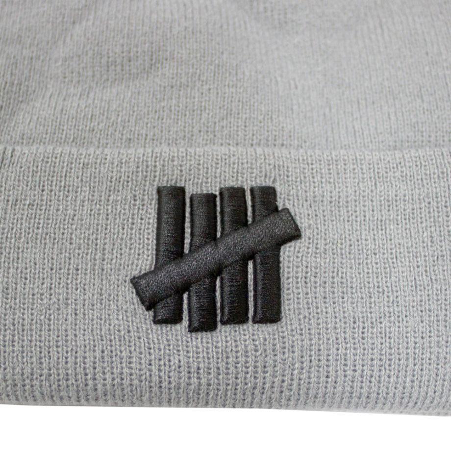 Undefeated 5 Strike Combat UNDFTD Beanie knit hat Grey Heather