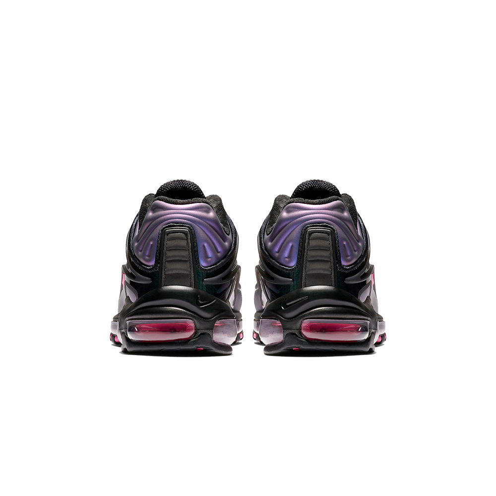 1fb0abe4e1 Nike Air Max Deluxe Sneaker Black / Laser Fuchsia
