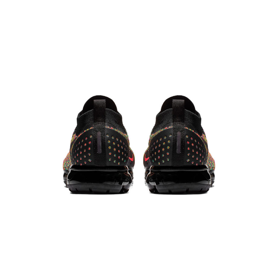 Nike Air VaporMax Flyknit 2 Sneakers Nero / Racer Pink