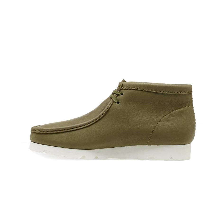 Clarks Originals Wallabee Boot Gore-Tex Khaki Leather