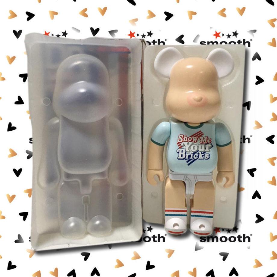 Medicom Toy DrX Love American Style Spirit Of 76 Romanelli Bearbrick 400%