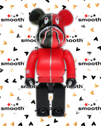 Medicom Toy x A Bathing Ape Play 1ST Shark Camo/Red/Black Bearbrick 400%